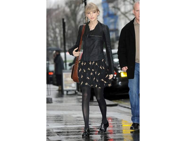 Taylor Swift : la jupe à plat