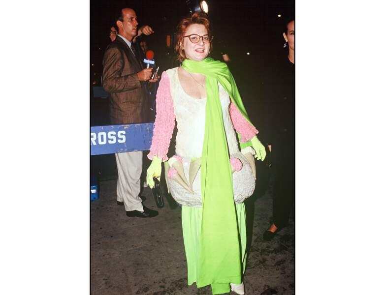 """En 1989, elle est photographiée à l'Avant-Première du film """"Trop belle pour toi"""""""