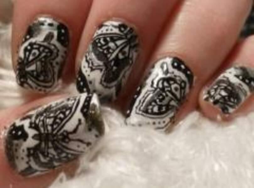 Nail Art façon henné oriental