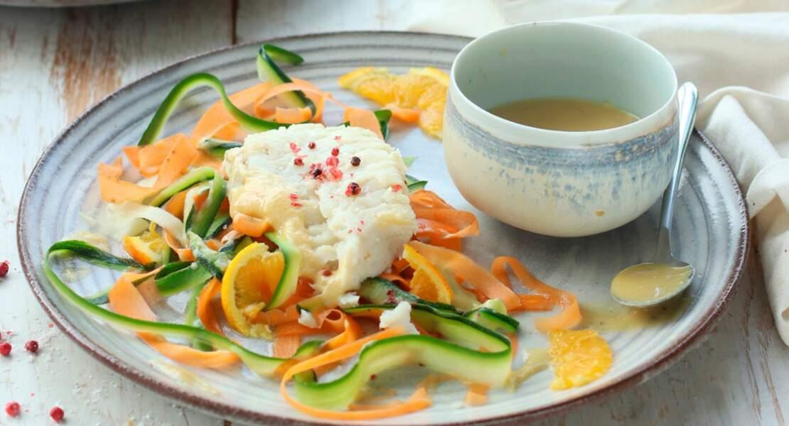 Tagliatelles de légumes et pétales d'agrumes, filet de merlu & crème au miso blanc