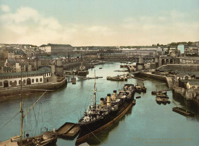 Le port militaire de Brest