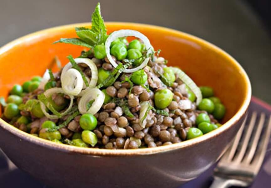 Salade de petits pois et lentilles
