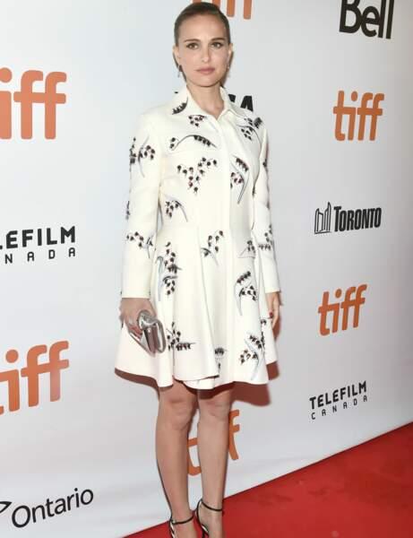 Natalie Portman : robe trapèze