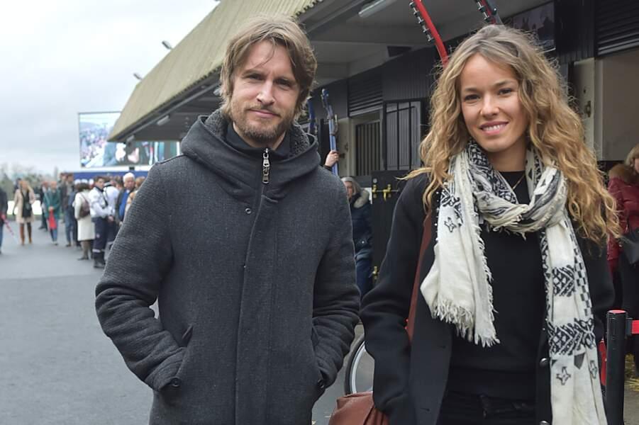 Philippe Lacheau et sa compagne Elodie Fontan au Grand Prix d'Amérique à Vincennes le 28 janvier 2018.