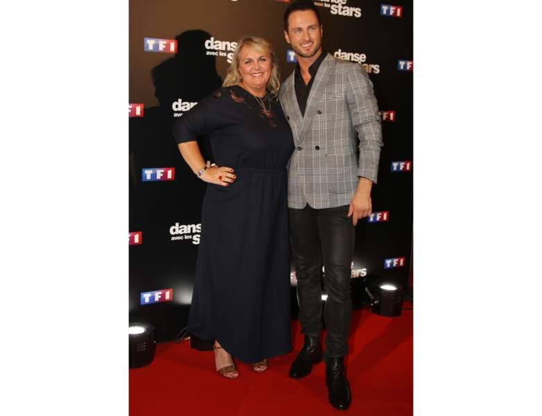 """La même année, elle pose avec Christian Millette, son partenaire dans """"Danse Avec Les Stars"""""""