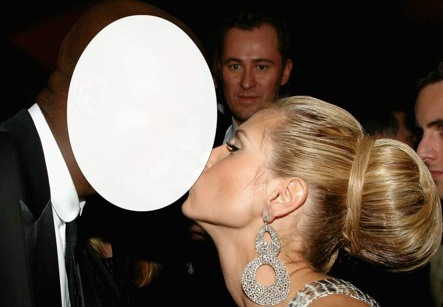 La sublime Heidi Klum embrasse…