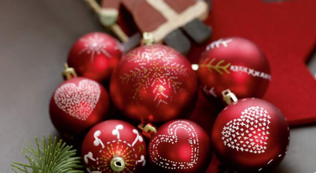 Pour Noël, décorez avec des feutres