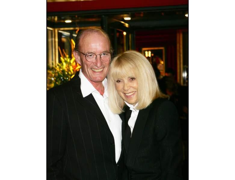 2005 : elle est photographiée avec son mari Pascal Desprez