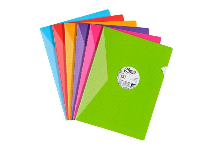 Des cahiers colorés
