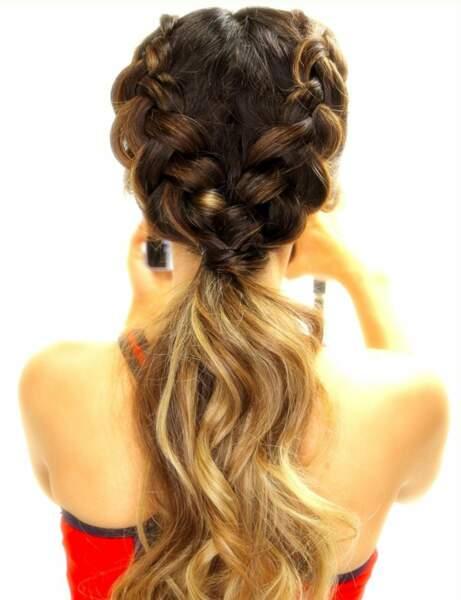 Une ponytail nattée