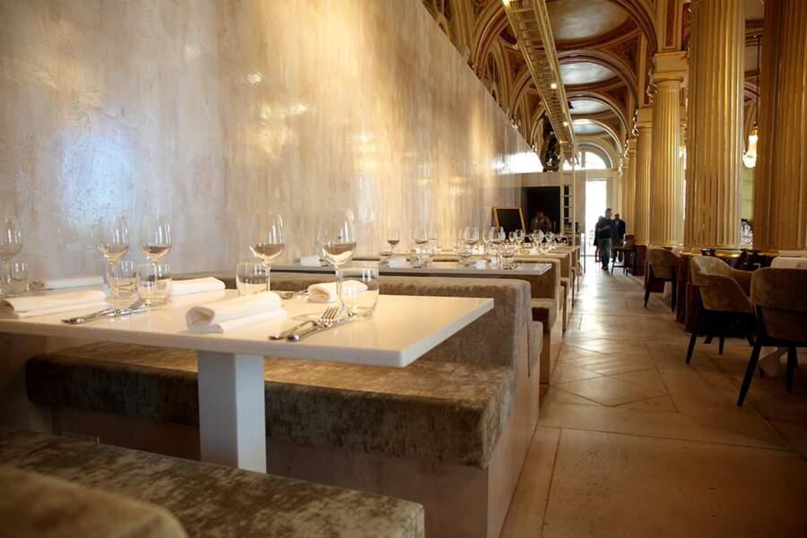 Intérieur du restaurant La Quatrième Mur