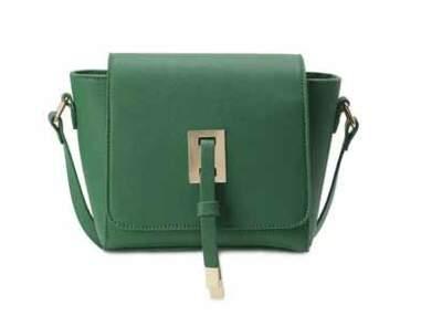 Le mini-sac : l'accessoire tendance qui affole la planète mode