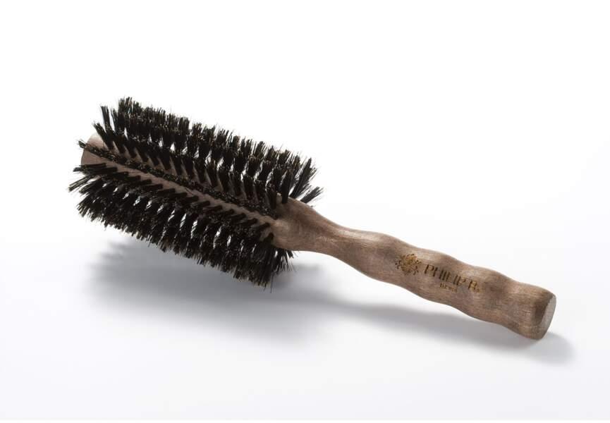 La brosse ronde en poils de sanglier