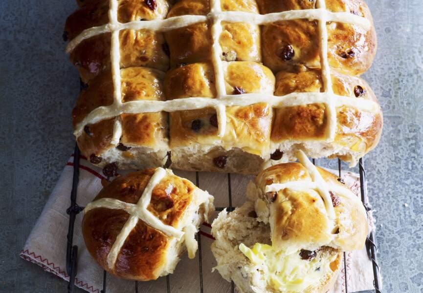 Un cross-bun de Pâques