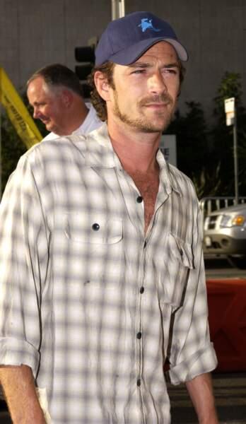 """Luke Perry à la première du film """"Open range"""" en 2003."""