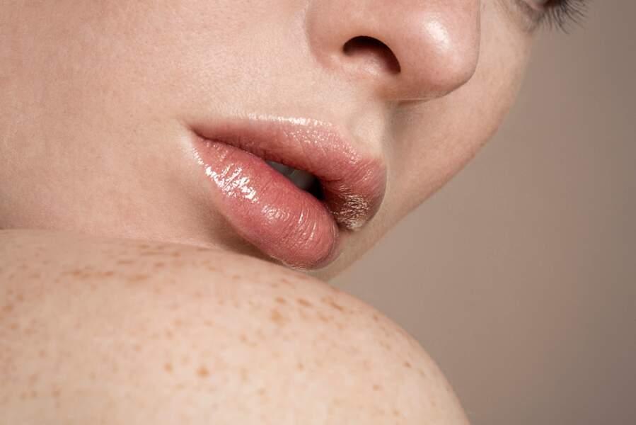 Comment appliquer sa base lèvres ?