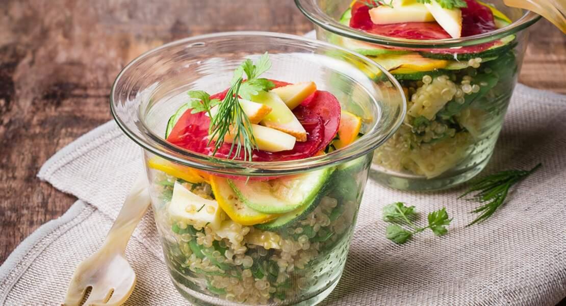 Salade de quinoa et raclette millefeuille de bresaola et courgettes grillées