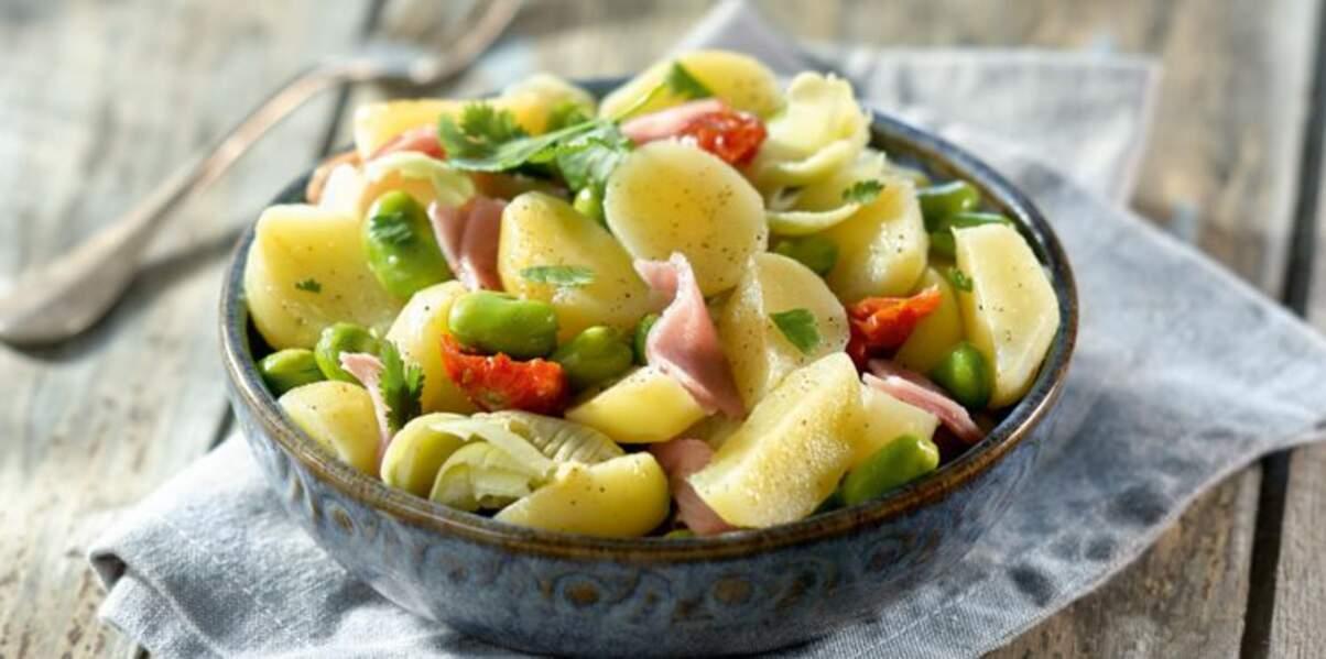 Salade de pommes de terre sirtema, artichauts, fèves et tomates confites