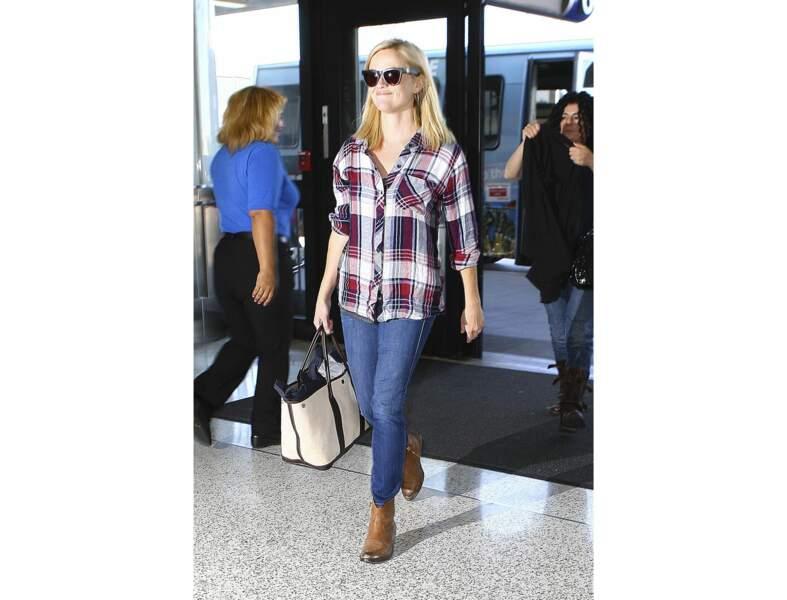 La chemise tartan par Reese Witherspoon