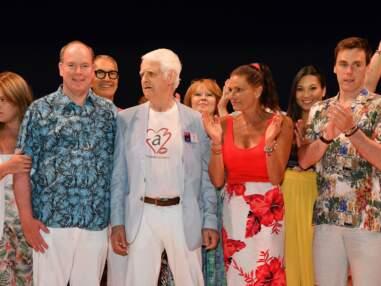 Albert et Stéphanie de Monaco débarquent en tenue de plage à une soirée de bienfaisance