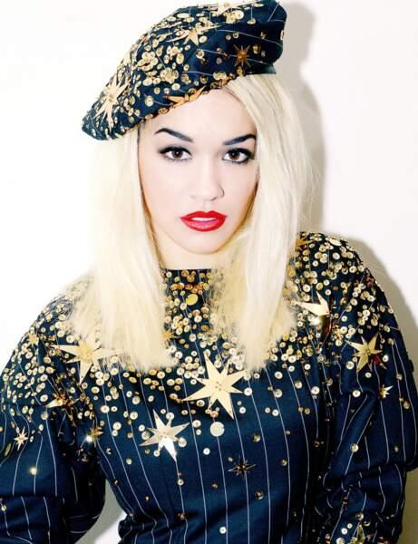 Une bouche rouge comme Rita Ora