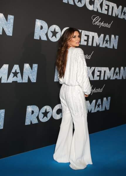 Cannes : Eva Longoria, 44 ans, en combi-pantalon
