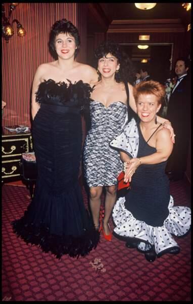 Michèle Bernier, Isabelle de Botton et Mimie Mathy aux Victoires de la Musique en 1990.