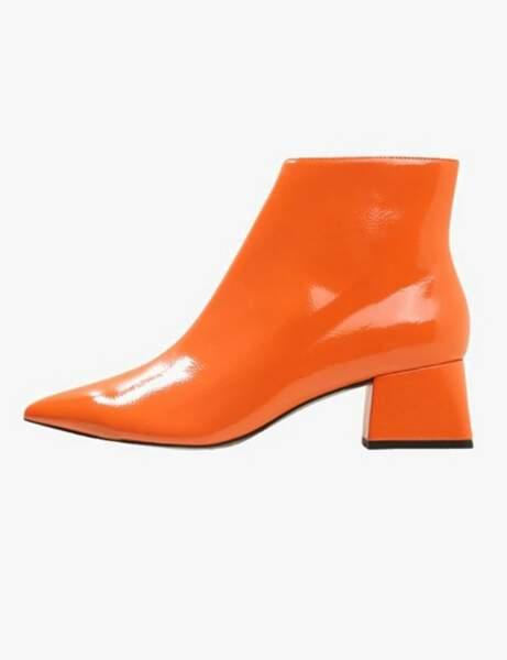 Tendance orange : la bottine sixties