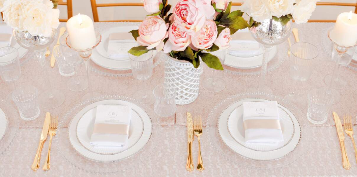 Table style précieux