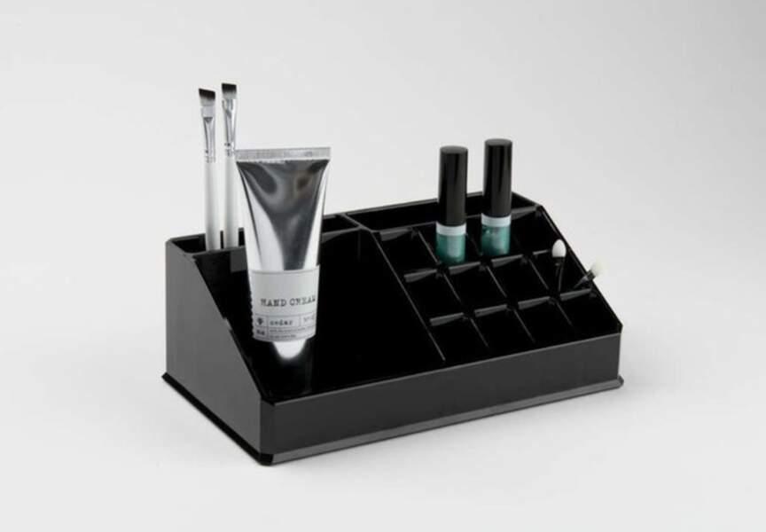 L'organisateur pour maquillage et produits de beauté Compactor