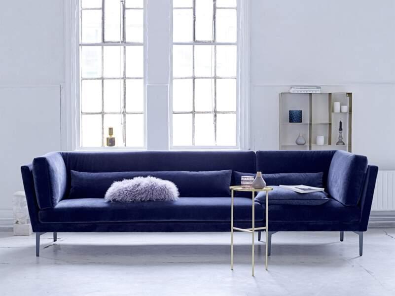 Grand canapé bleu