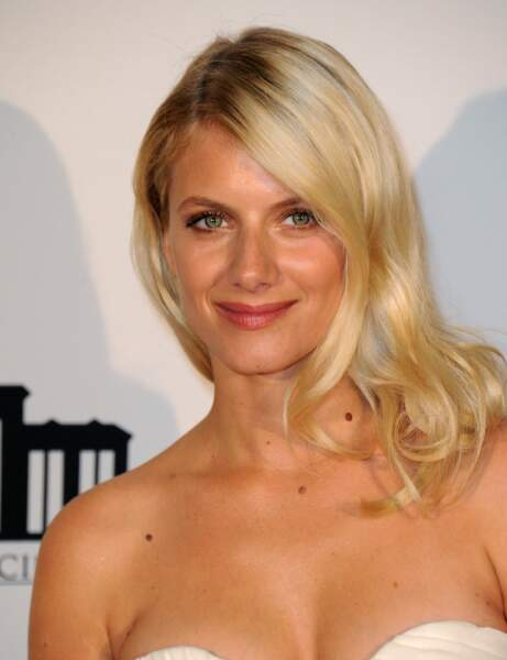 On adore : le blond californien de Mélanie Laurent
