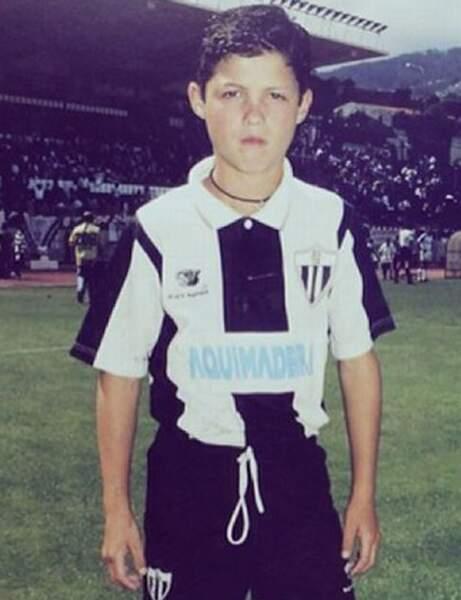 Ce jeune portugais est aujourd'hui une star du football…