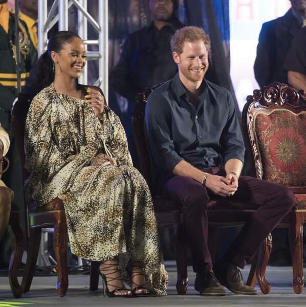 Mais après sa dulcinée, le prince Harry maîtrise enfin les codes du style décontracté chic