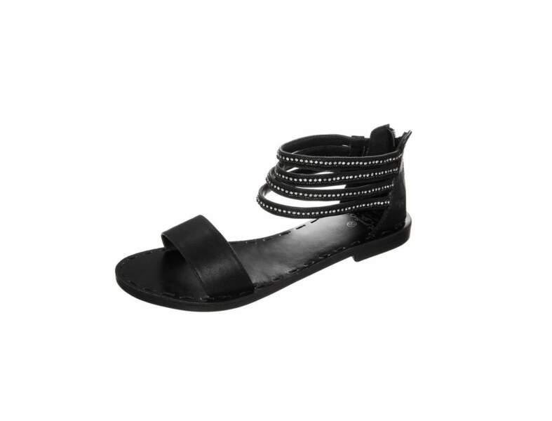 La combinaison + les sandales spartiates