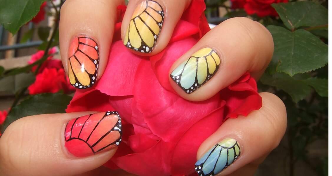 Coup de coeur du jury : le nail art jolies fleurs