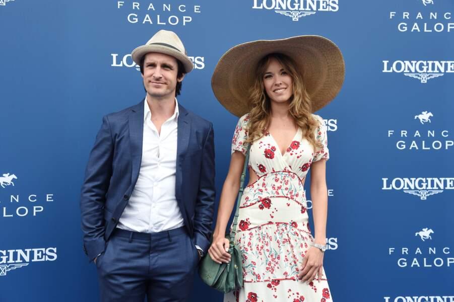 Philippe Lacheau et sa compagne Elodie Fontan au Prix de Diane à Chantilly le 17 juin 2018.