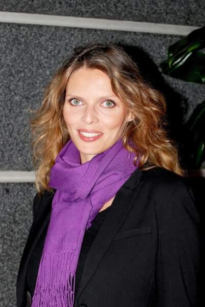 2009 Sylvie Tellier laisse pousser ses longueurs mais ne dit toujours pas au revoir au blond