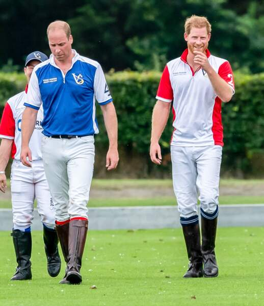 Le match de polo rassemblait le prince William et son frère Harry.