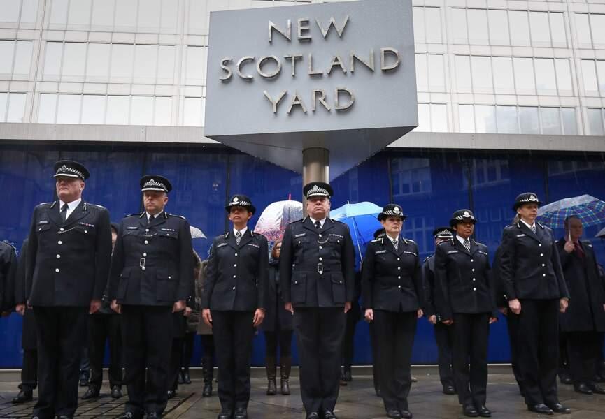 Les policiers britanniques de Scotland Yard