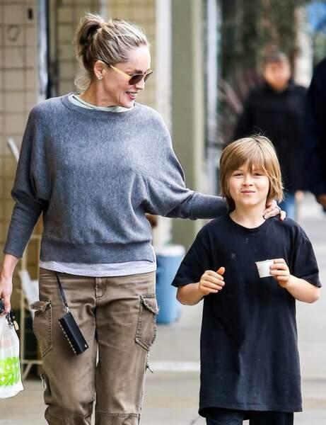 Sharon Stone : deux enfants adoptés et un par mère porteuse