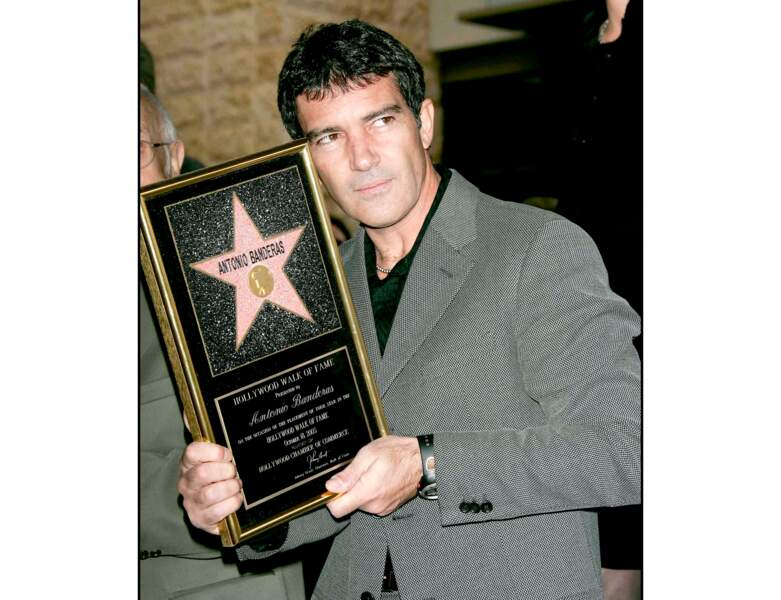 Antonio Banderas reçoit son étoile sur le Hollywood Walk of Fame en 2005 (45 ans)