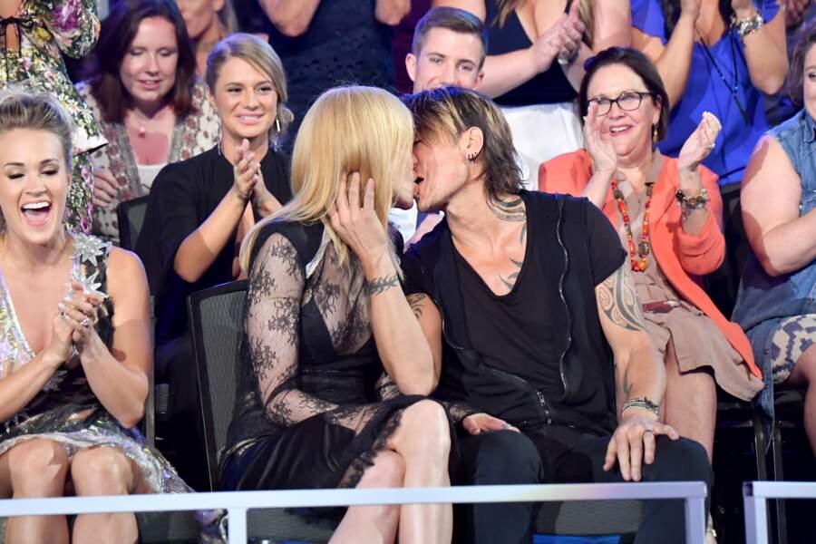Nicole Kidman et Keith Urban à la cérémonie des CMT Music Awards le 7 juin 2017 à Nashville.