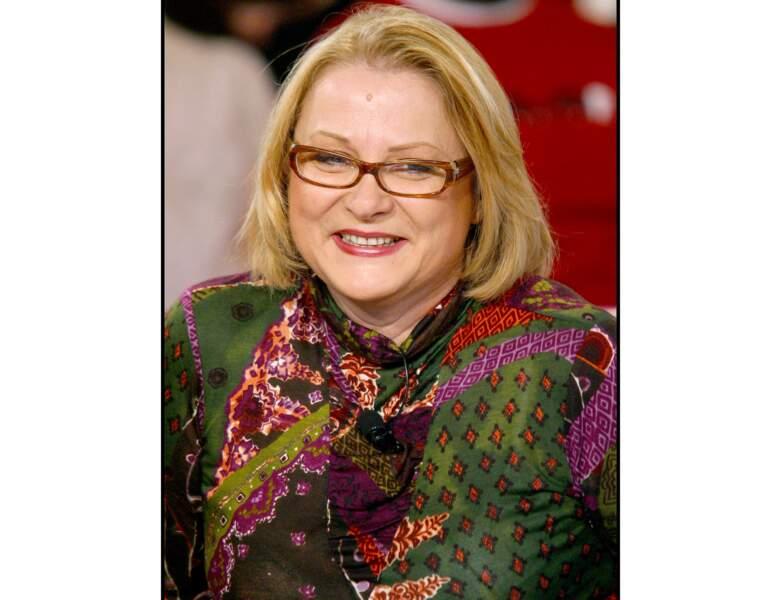 """La même année elle est photographiée lors de l'émission """"Vivement Dimanche"""""""