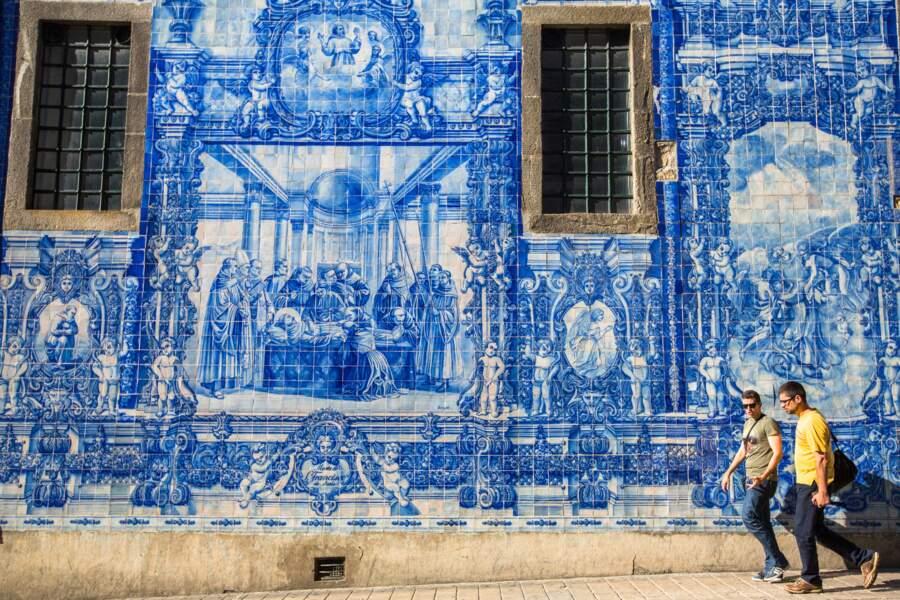 Les azulejos de la Capela das Almas à Porto