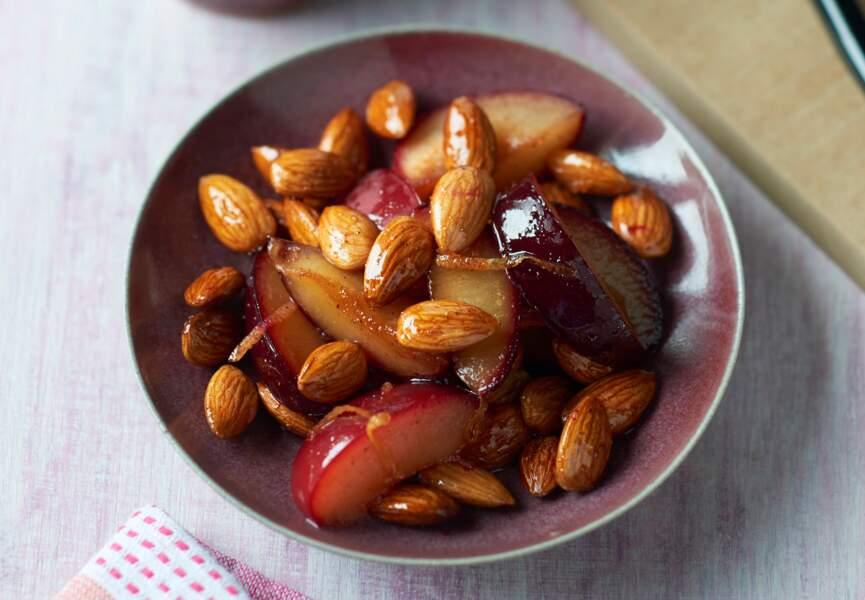 Amandes et prunes épicées