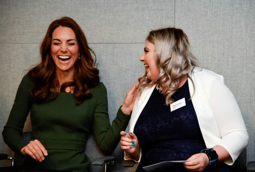 Kate Middleton fait fi des rumeurs et ne montre rien en public...
