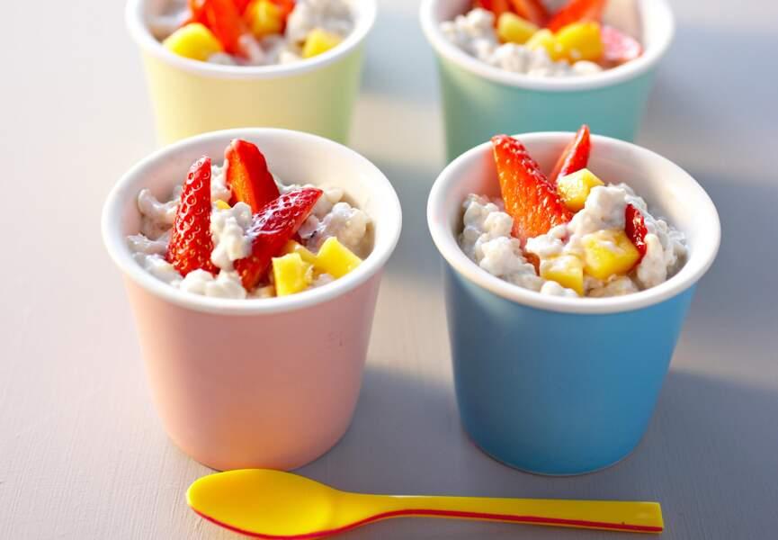 Porridge fraise mangue