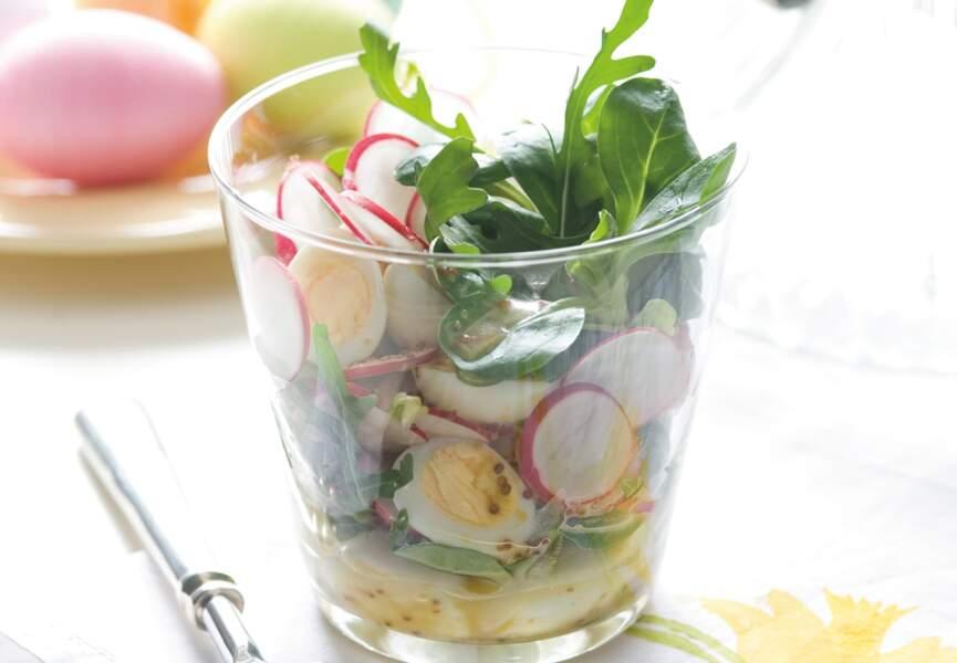 Salade printanière aux oeufs durs, roquette et radis