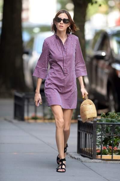 Alexa Chung en robe-chemise